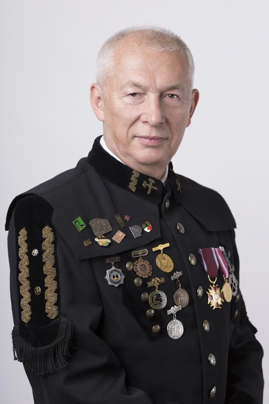 Director Robert Podolski